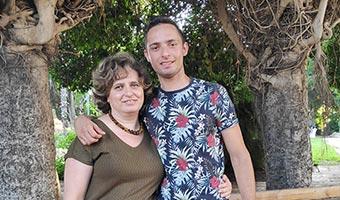 80-new-meir-shfeyah-graduates-thumb